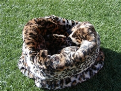 Jaguar Faux Fur Trundle Bed
